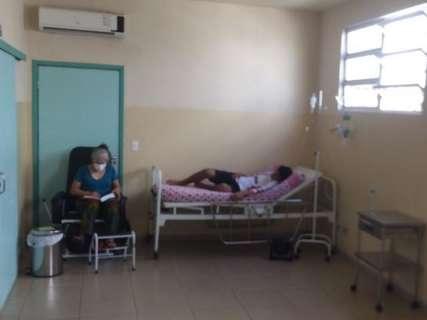 Com hospitais lotados, garoto com suspeita de H1N1 é internado em UPA