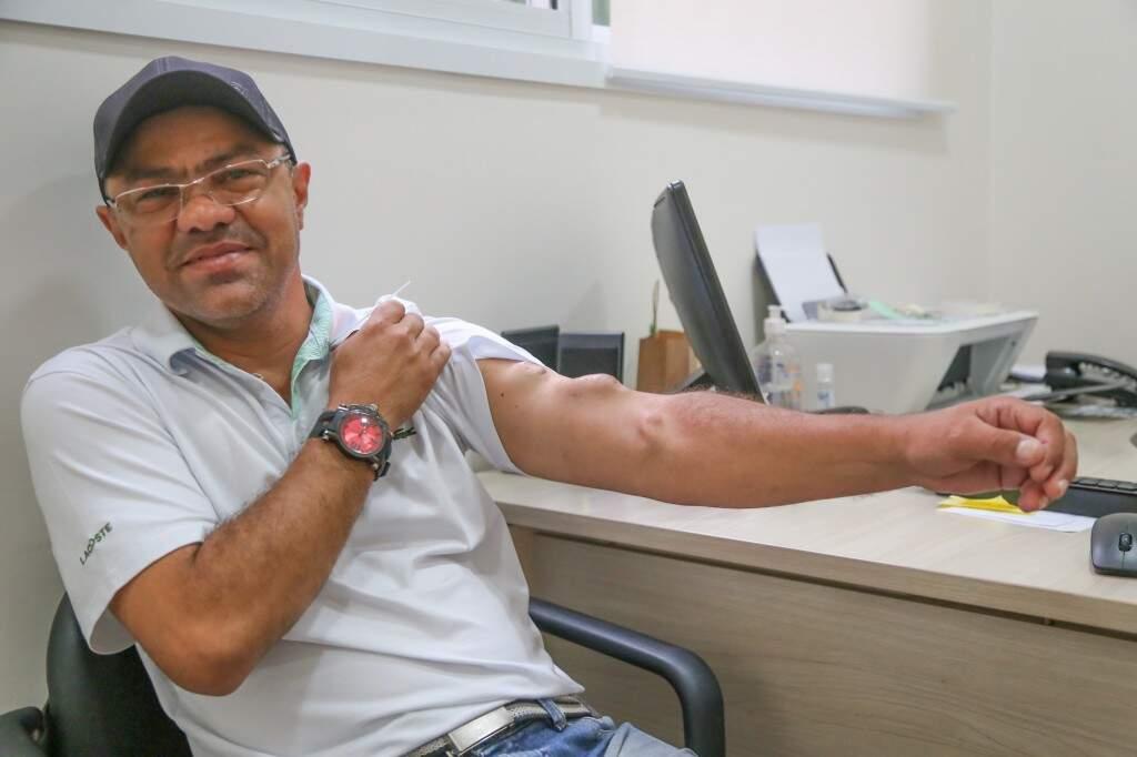 Marcas de 5 anos de hemodiálise (Foto: Paulo Francis)