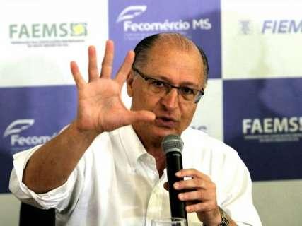 Policiamento e diálogo com outros países, defende Alckmin sobre fronteira