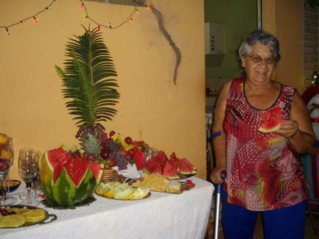 """""""Para mim, o meu dia da saudade se resume numa pessoa: minha mãe"""". Dona Ovanda morreu em 2012, um ano antes desta foto do último Natal. (Foto: Arquivo Pessoal)"""