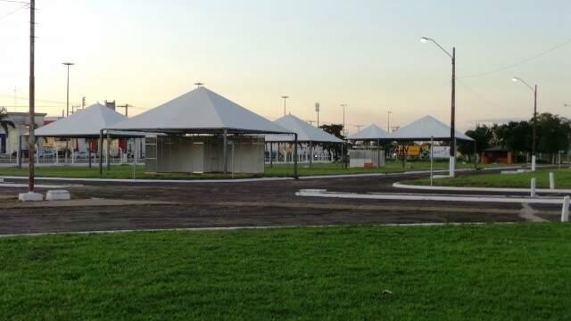 Local para receber a feira já está praticamente montado. (Foto: Divulgação/Elka Candelária)