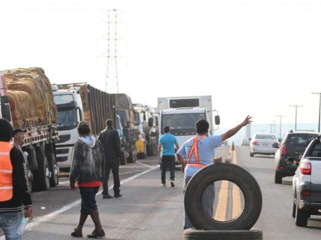 Paralisação dos caminhoneiros pode prejudicar atendimento de concessionária (Foto: Saul Schramm)