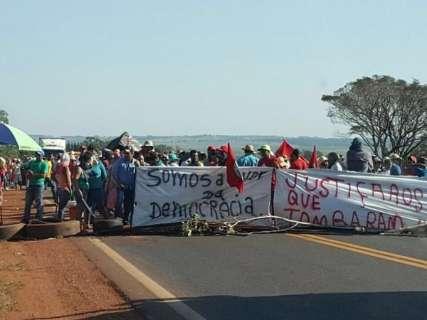 Manifestantes liberam BR-163 e não há mais bloqueios em rodovias do Estado