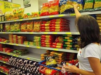 Preço da cesta básica cai em dez capitais, indica Dieese