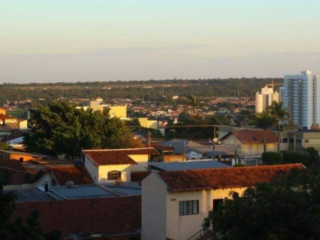 Campo Grande registra mínima de 13ºC nesta quarta-feira (5). (Foto: André Bittar)