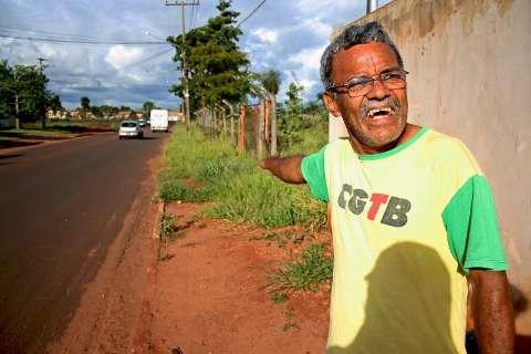Moradores do Monte Alegre reclamam de lixo, do trânsito e de quase tudo