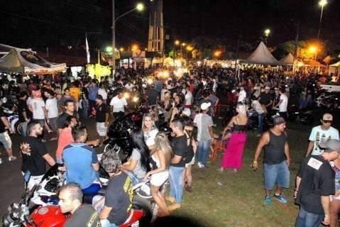 Ponto de encontro de motoclubes, evento movimenta economia