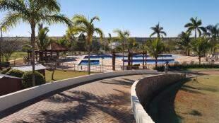 Complexo de piscinas do Condomínio Terras do Golfe. (Foto: Divulgação)