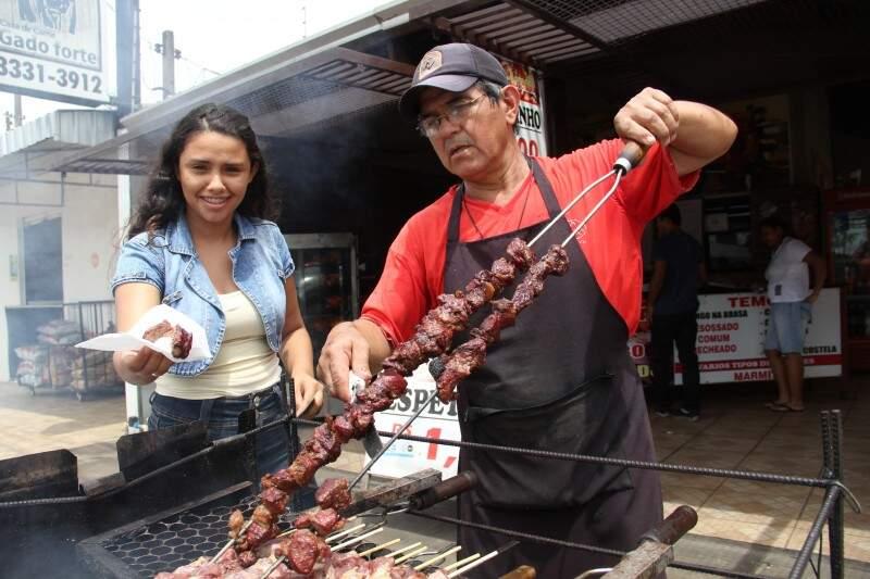 Maior parte dos clientes são da vizinhança, no bairro Taveirópolis.