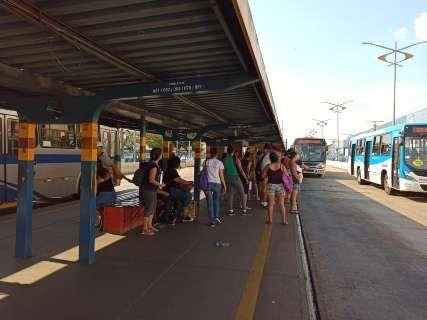 Recurso atrasa licitação e reforma de terminais de ônibus fica para janeiro