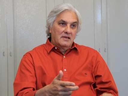 Delcídio vai decidir sobre requerer mandato após eleições, diz defesa