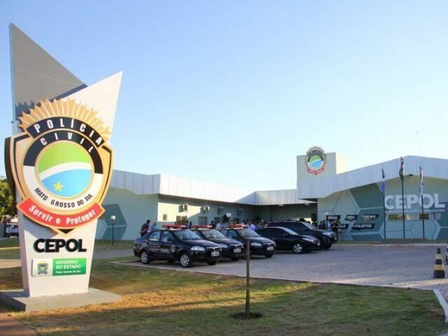 Prédio do Cepol, no bairro Tiradentes, reúne delegacias especializadas na Capital. (Foto: Arquivo)