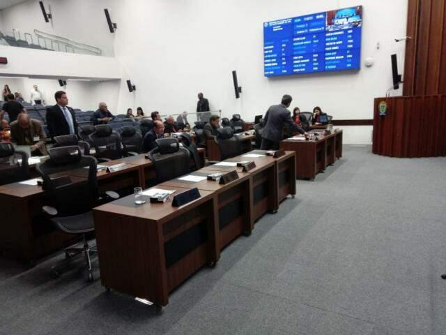 Deputados de Mato Grosso do Sul durante sessão na Assembleia Legislativa de Mato Grosso do Sul (Foto: Leonardo Rocha)