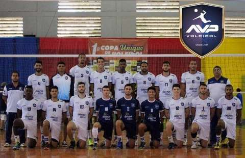 De olho na Superliga, Rádio Clube/AVP vai disputar torneio universitário no PR
