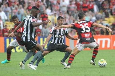 Flamengo e Cruzeiro vão decidir em casa vaga na final da Copa do Brasil