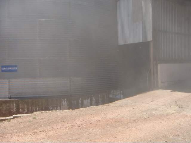 A poeira da cooperativa estava prejudicando toda a vizinhança. (Foto: divulgação)
