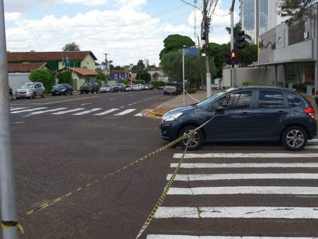Carro será usado em gravação de propaganda do Detran-MS (Foto: Humberto Marques)