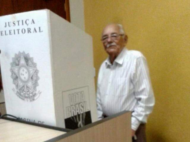 Nicanor votou logo cedo. (Foto: Arquivo Pessoal)