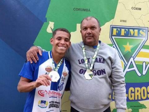 Técnico Mauro Marino foi campeão estadual sub-19 no ano passado (Foto: Arquivo pessoal)