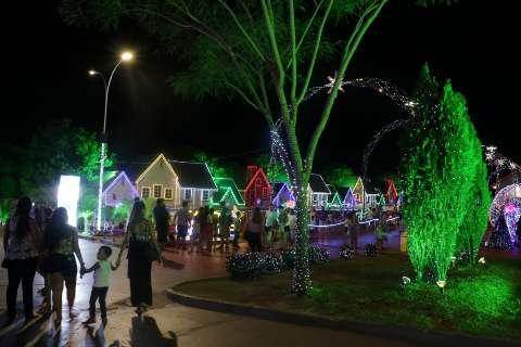 No último fim de semana, famílias curtem Cidade do Natal e dão sugestões