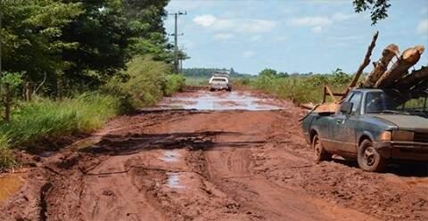 Estradas rurais estão em condições precárias devido as chuvas no início deste ano. (Foto: Cezar Dias/ Prefeitura)