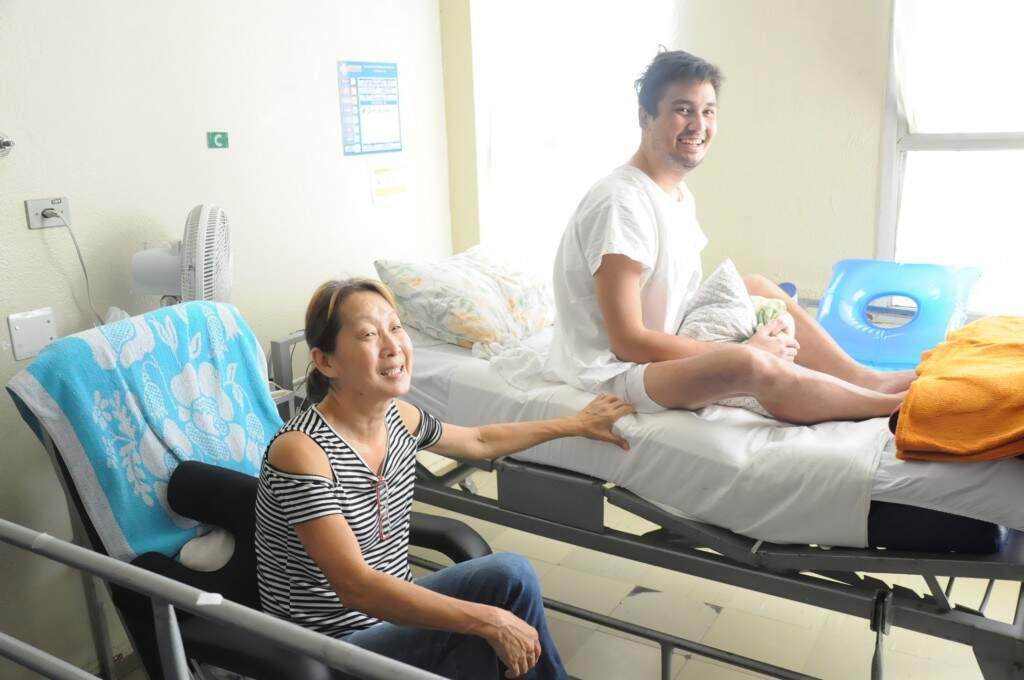Sueli está com o filho há 62 dias no hospital (Paulo Francis)
