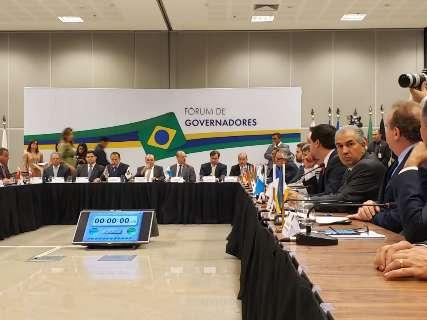 Reinaldo se reúne com ministros e governadores para discutir previdência