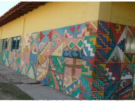 Grafismo Kinikinau em escola de Porto Murtinho. (Foto: Rosaldo Souza)