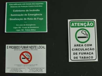 Falta de regras específicas dificulta fiscalização antifumo em tabacarias