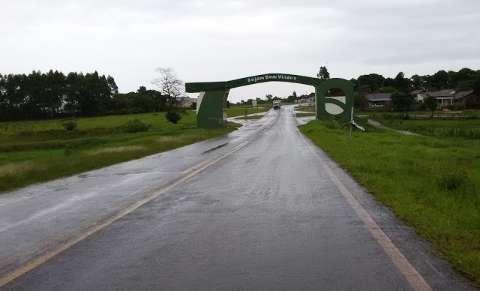Frente fria chega com chuva forte e vento na fronteira com o Paraguai