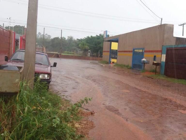 Chuva na Rua Babaçu, no Bairro Aero Rancho