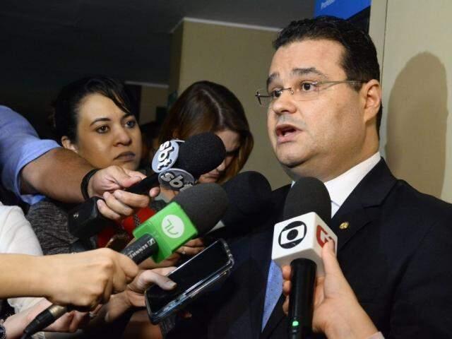 Deputado federal Fábio Trad durante coletiva de imprensa (Foto:Cláudio Basílio/PSD)