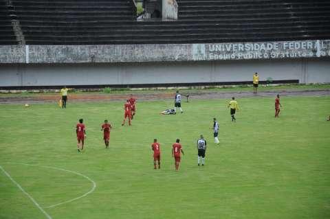 Clássico Comerário termina em pancadaria no Estádio Morenão
