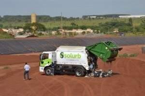 Primeiro descarte de lixo no aterro foi feito em 28 de novembro de 2012. (Foto: arquivo/Simão Nogueira)