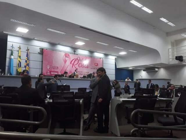 Sessão da Câmara de Vereadores desta terça-feira (Foto: Mayara Bueno)