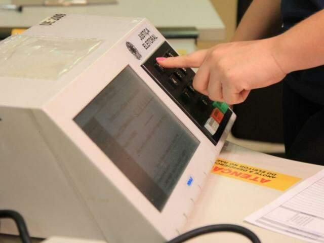 Urnas eletrônicas para votação em MS (Foto: Marina Pacheco - Arquivo)
