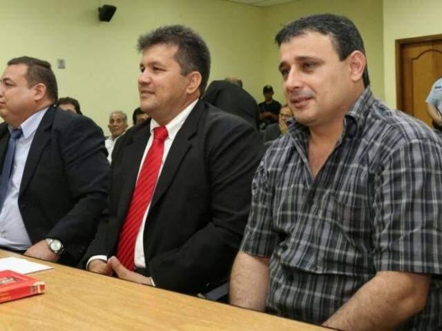 Neneco (1º à direita) está preso por homicídio no Paraguai, mas procurador quer processá-lo também por narcotráfico (Foto: ABC Color)