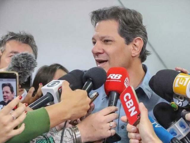Fernando Haddad durante coletiva de imprensa nesta semana (Foto: Ricardo Stuckert)