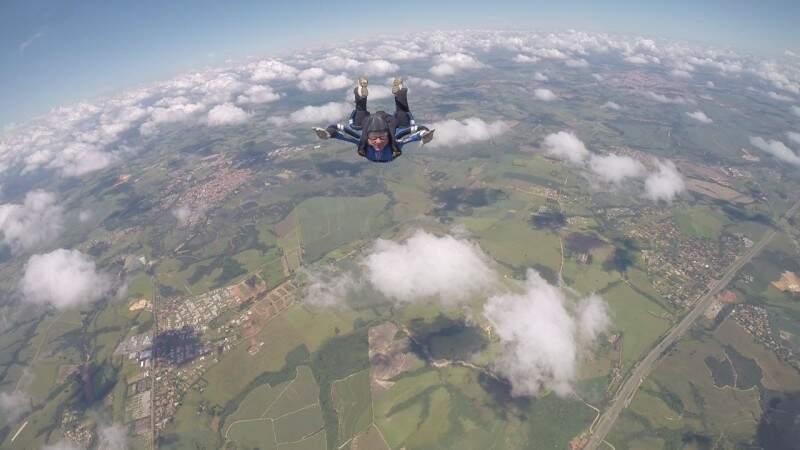 Ver Campo Grande do alto e fomentar o esporte é a ideia do evento. (Foto: Pantanal Paraquedismo)