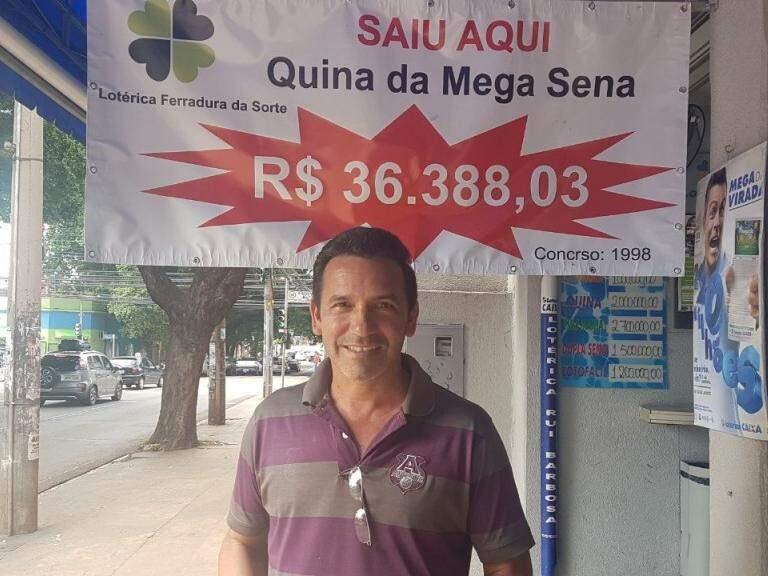 Altair saiu da Vila Nascer para apostar na lotérica (Foto: Mirian Machado)