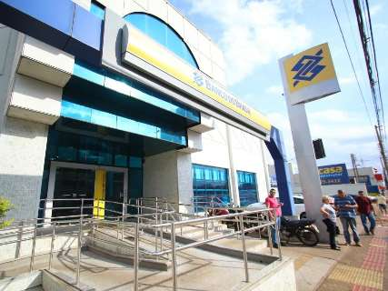 Além de fechar agências, Banco do Brasil vai restringir atendimento