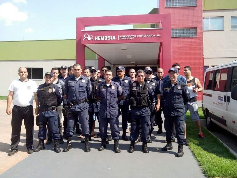 Mais de 40 guardas participaram da campanha ontem (15). (Foto: Direto das ruas)