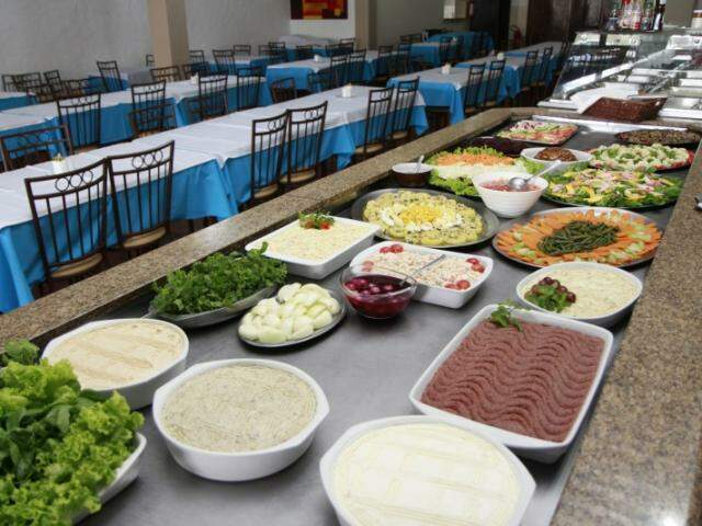 Do kibe cru à picanha. Churrascaria mistura Líbano e Brasil à mesa. (Fotos: Cleber Gellio)