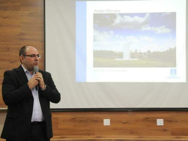 Turine afirma que a meta da UFMS é se destacar nacional e internacionalmente. (Fotos: Marcos Ermínio)
