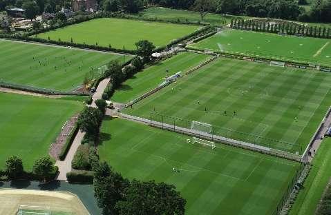 Com foto oficial, Seleção encerra treinos no CT do Tottenham e já está em Viena