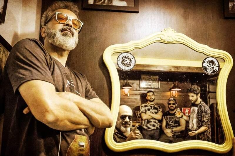 É a quarta banda do cantor e compositor Jerry Espíndola. (Foto: Divulgação)
