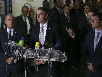 Bolsonaro elogia Mandetta e Wagner Rosário, ministros anunciados hoje