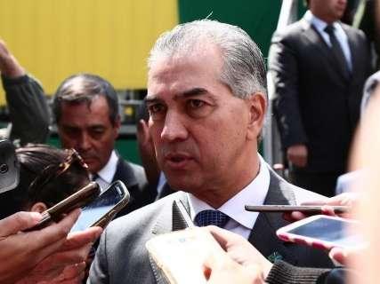 Reinaldo visita Dourados com o ministro das Cidades para entrega de casas