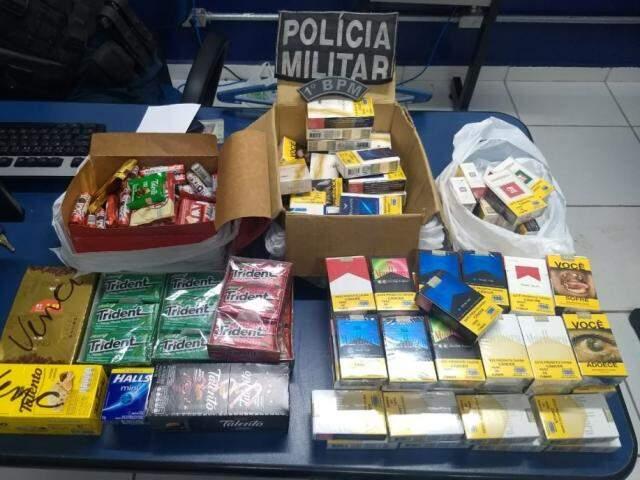 Homem já havia separado produtos para furtar. (Foto: Divulgação/Polícia Militar)