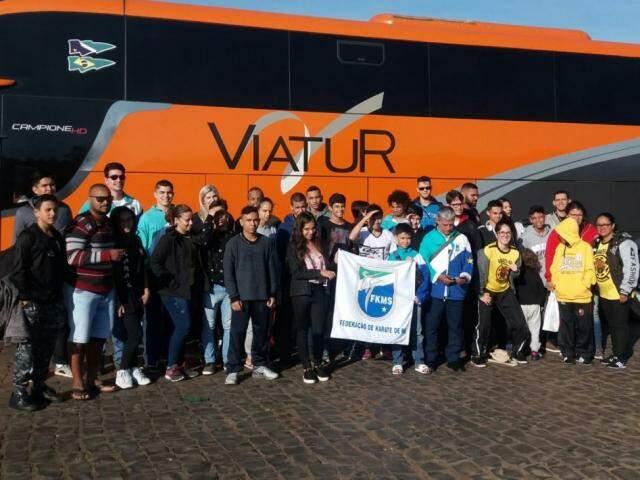 Delegação do Estado embarcou na terça-feira para Joinville (Foto: Divulgação)